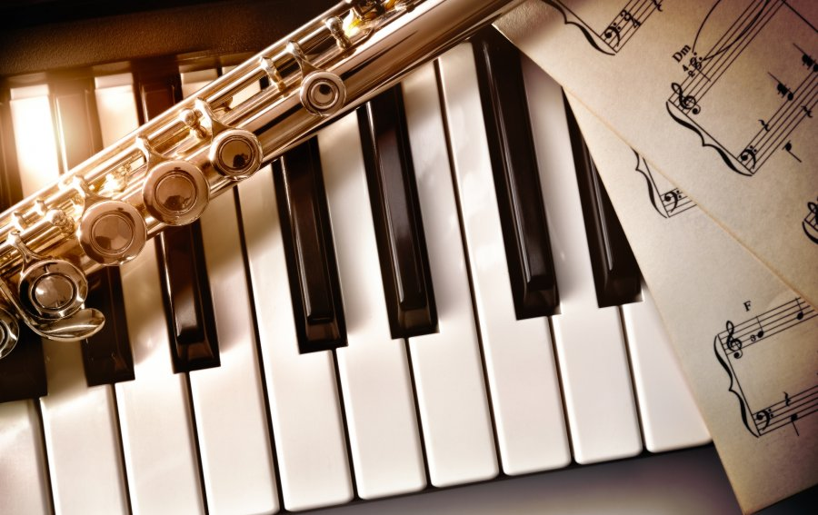 Bild von dem Produkt Musikinstrumente Vorderseite
