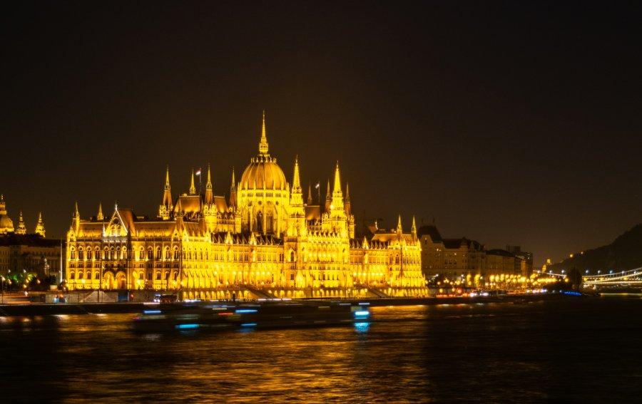 Bild von dem Produkt Parlamentsgebäude Budapest Vorderseite