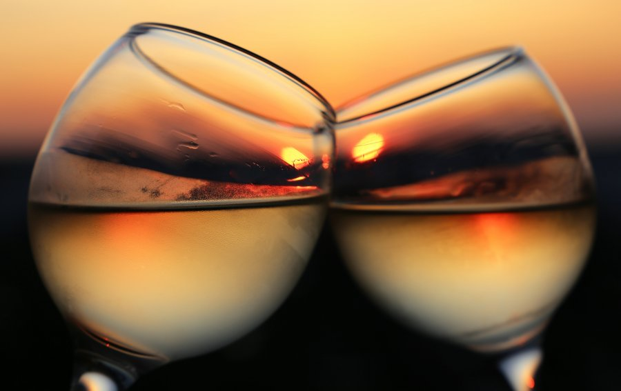 Bild von dem Produkt Zwei Gläser auf Sonnenuntergang Vorderseite